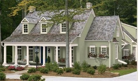 exterior paint colors on a farmhouse exterior paint colors for cape cod homes for the home