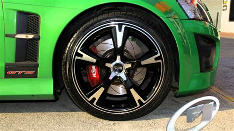 20 inch holden rims holden ve gts custom rims 20 inch staggered foose rs