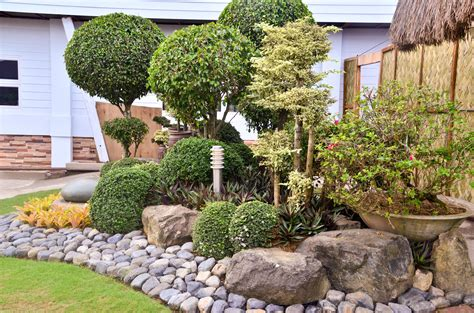 Decorative Rocks For Garden Decorative Landscaping With Rocks For A House Traba Homes