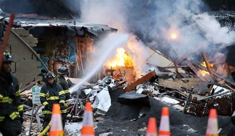 seattle explosion map gas explosion destroys block in seattle minor injuries
