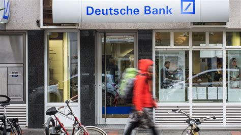 deutsche bank geld wechseln deutsche bank ber 228 t auch samstags geld bild de