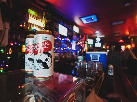 the pug dc the best dive bars in the washington dc area
