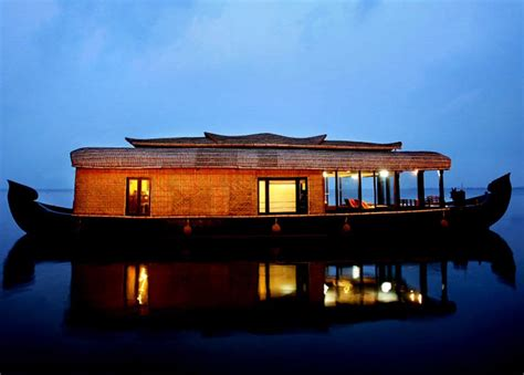 houseboat journey alleppey houseboat backwater journey the experience