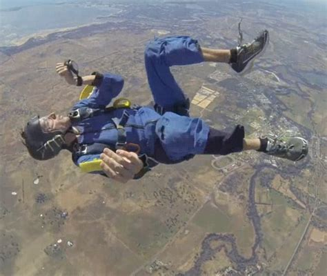 had seizure skydiver christopher jones who had seizure pays tribute to instructor daily mail