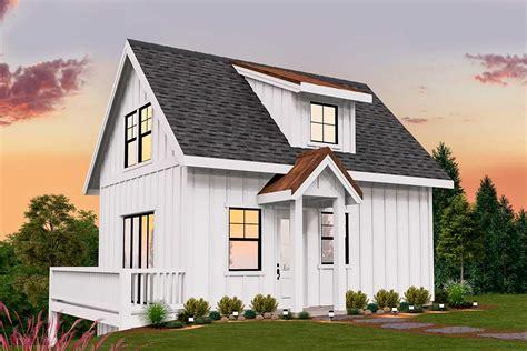 simple modern farmhouse plan   square feet