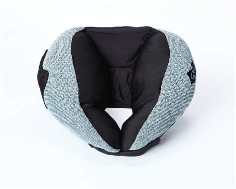 most comfortable travel pillow holiday travels how to best keep comfy
