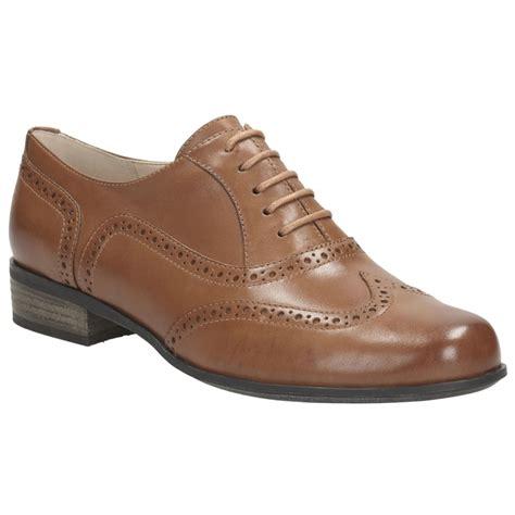 clarks hamble oak womens narrow casual shoes charles