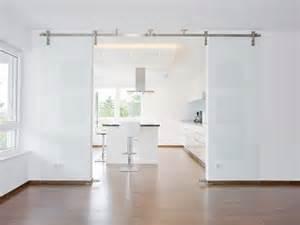 Barn Door Interior Hardware Foto Cucina Con Porta Scorrevole In Vetro Di Rossella