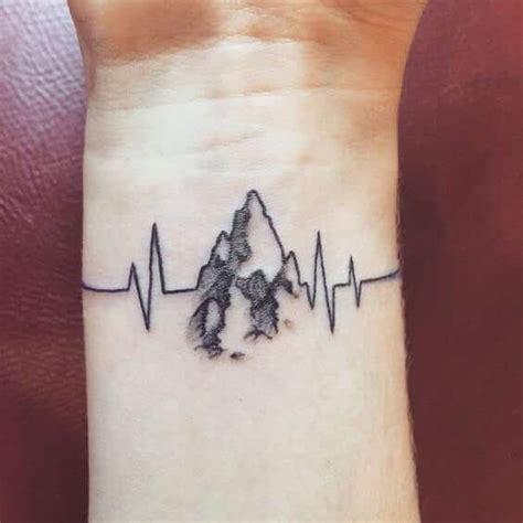tatoo poignet heartbeat battement de coeur heartbeat tattoos for men ideas and inspiration for guys