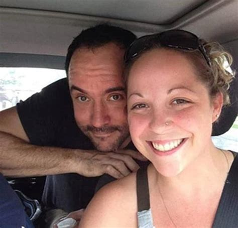 dave matthews fan dave matthews hitchhikes with fans to own concert