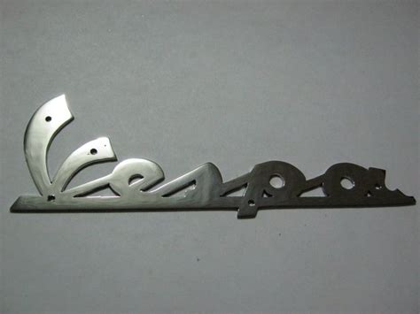 Kalung Nama Hello Silver Monel Stainless Steel alam emblem jasa pembuatan emblem emblem stainless