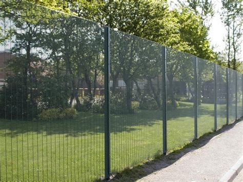 10 welded wire fencing welded wire security fence for school railway and