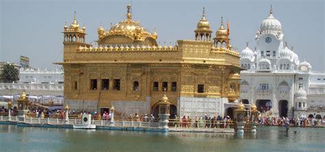 golden temple amritsar   glance top tourist