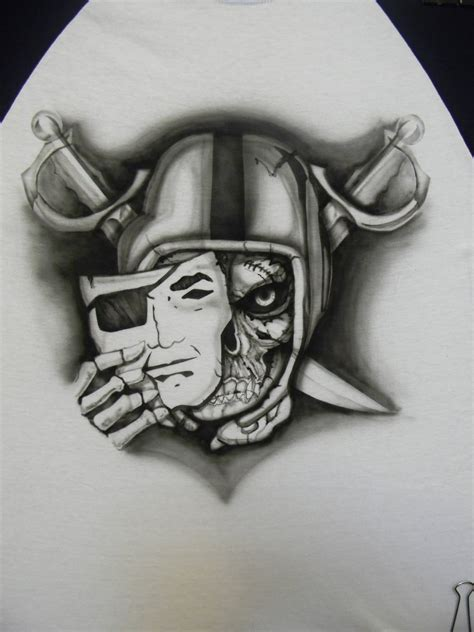 raiders skull tattoo designs raiders logo skull pictures to pin on tattooskid