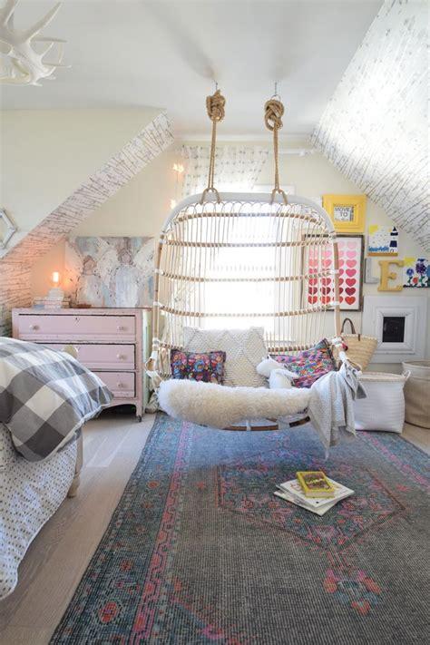 girls attic bedroom ideas 25 best ideas about teenage attic bedroom on pinterest
