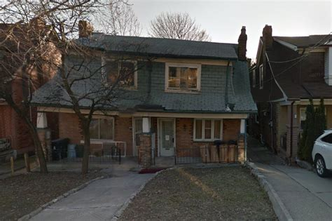 crooked house crooked houses in toronto on sale for 700k each the