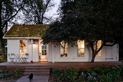 How Big Is 850 Square Feet by A Tiny House For A Humble Family