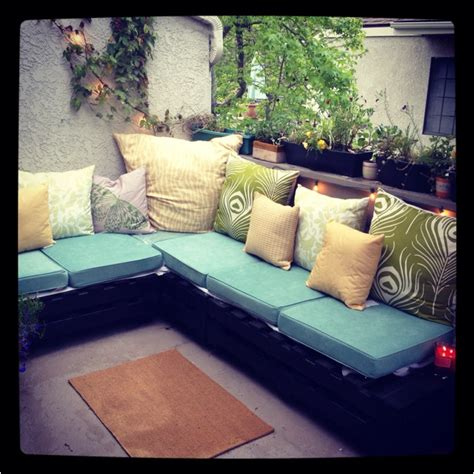 Cushions For Pallet Patio Furniture Best 25 Pallet Cushions Ideas On Pinterest Outdoor Cushions Pallet Sectional