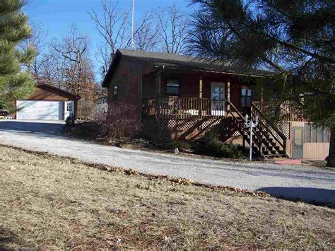 Cabins In Warsaw Mo by Missouri Waterfront Property In Truman Lake Clinton