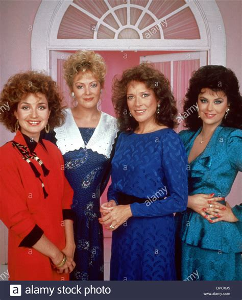 designing women smart dixie carter jean smart annie potts delta burke