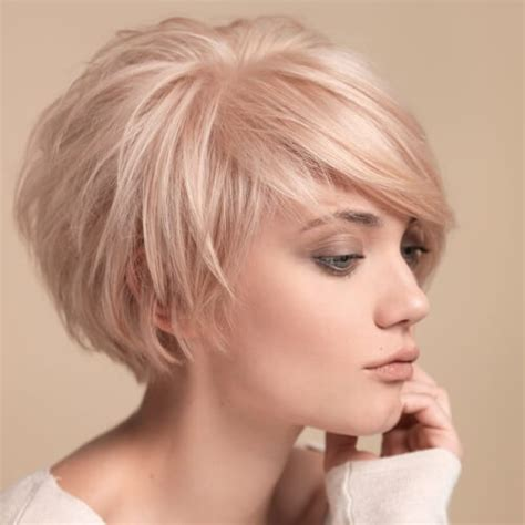cutting thin hair into a wedge wedge hairstyle hairstyles