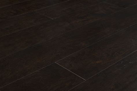 Bells Flooring by Lamton Laminate 12mm Augusta National Collection Golden Bell