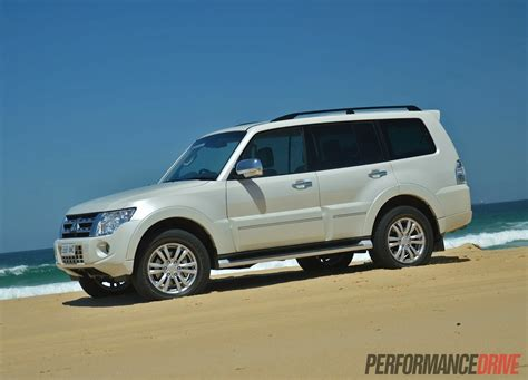 mitsubishi pajero sport 2014 all new pajero sports 2014 autos post