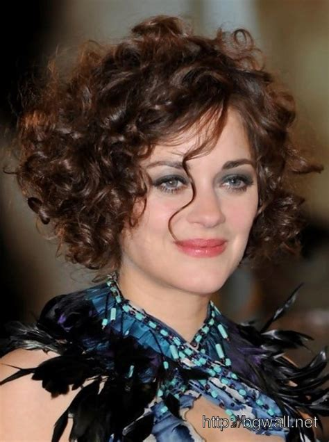 hairstyles curly hairstyle tips cool hairstyle ideas for short curly hair background