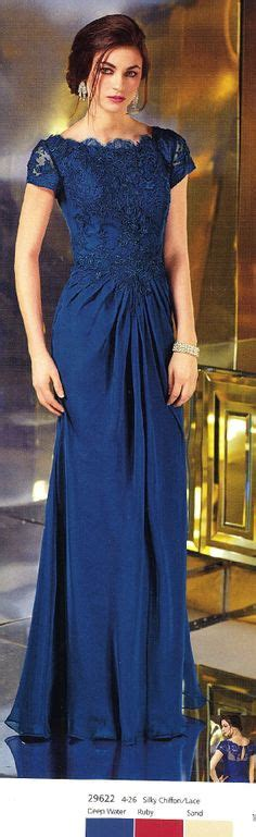 Dress Brukat Navy A gorgeous blush gold toned tea length dress for the groom s or s