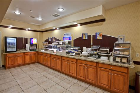 inn express plymouth indiana inn express hotel suites plymouth reviews