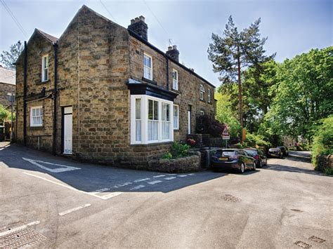 3 bedroom cottage in bamford friendly cottage in