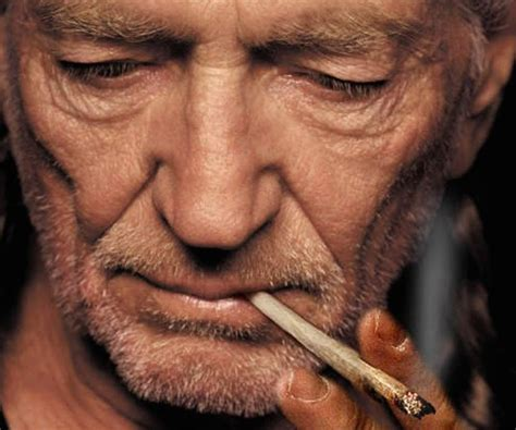 willie nelson smoking pot willie nelson is making his own brand of weed and bringing