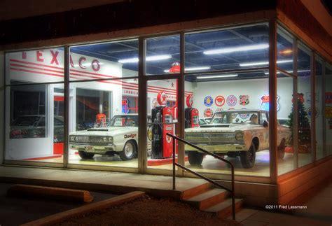 bobs garage by fred lassmann