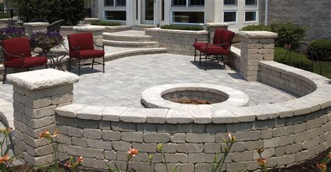 Unilock Pillars Nf Unilock Quarrystone Is What We Would Use For The
