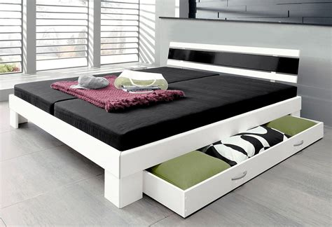 futonbett 140x200 mit lattenrost futonbett schlafzimmer