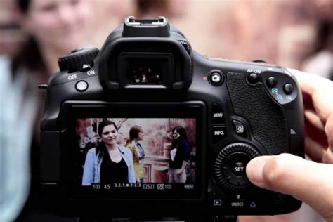 Lcd Kamera Dslr Canon canon patenkan inovasi lcd pada kamera terbarunya techno id