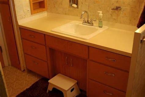 spray paint bathroom vanity spray paint bathroom vanity 28 images style with cents
