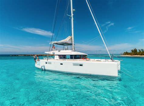 catamaran sailboat companies bareboat private yacht charter boat rental click boat