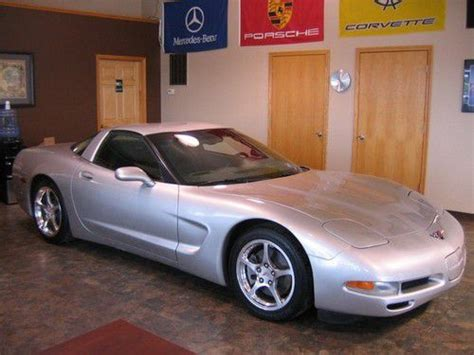 purchase used 2004 chevy corvette coupe targa top 15k