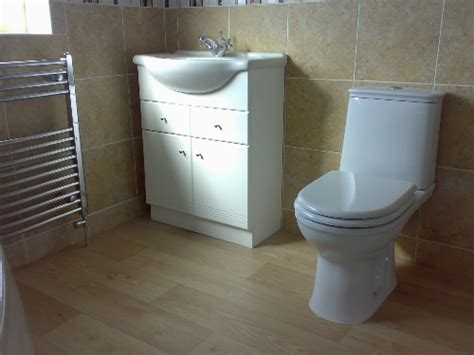 bathroom fitter  nottingham bathroom refurbishments