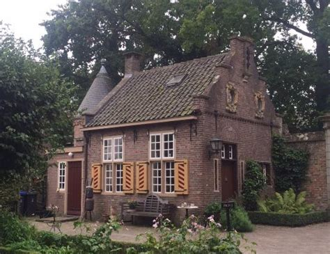 loosdrecht things to do portierswoning picture of castle museum sypesteyn