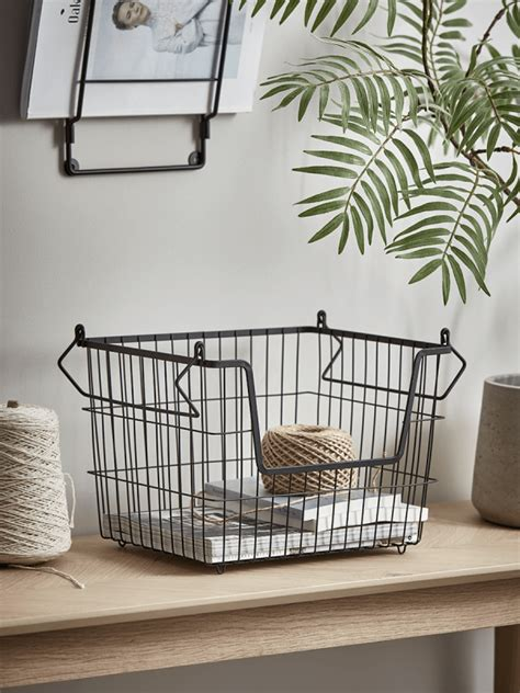 black wire stackable basket small   black wire