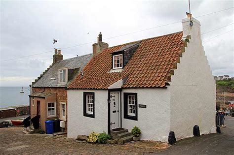 The Pretty Village Of Crail In East Neuk Of Fife Cottages Crail