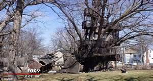 cost of building a house in mn minnesota ordered to tear seven tier tree house