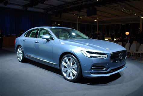 New Volvo S90 2017 Is A Threat For Its Competition