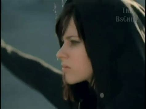 nobody s home alternative version screencaps avril