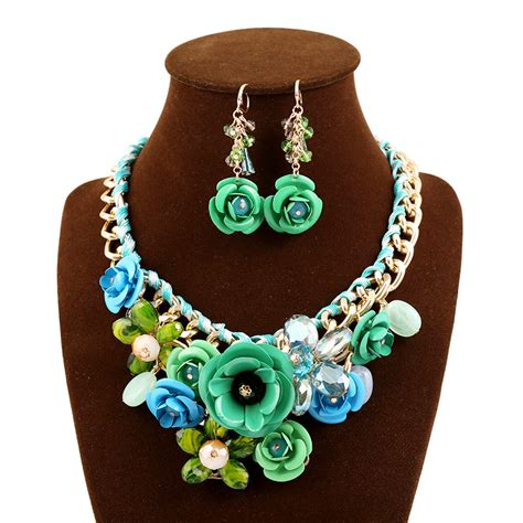 spray paint jewelry gold necklace set gold chain spray paint metal flower resin