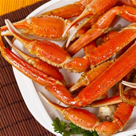 25 best ideas about crab legs recipe on pinterest snow crab legs baked crab legs and boiling