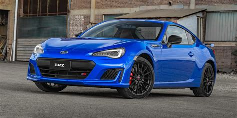 subaru brz 2018 subaru brz pricing and specs photos 1 of 7