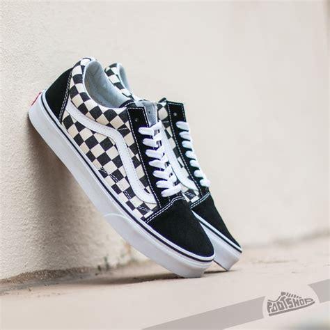 Sepatu Vans Oldskool Checkerboard Black White vans skool checkerboard black footshop